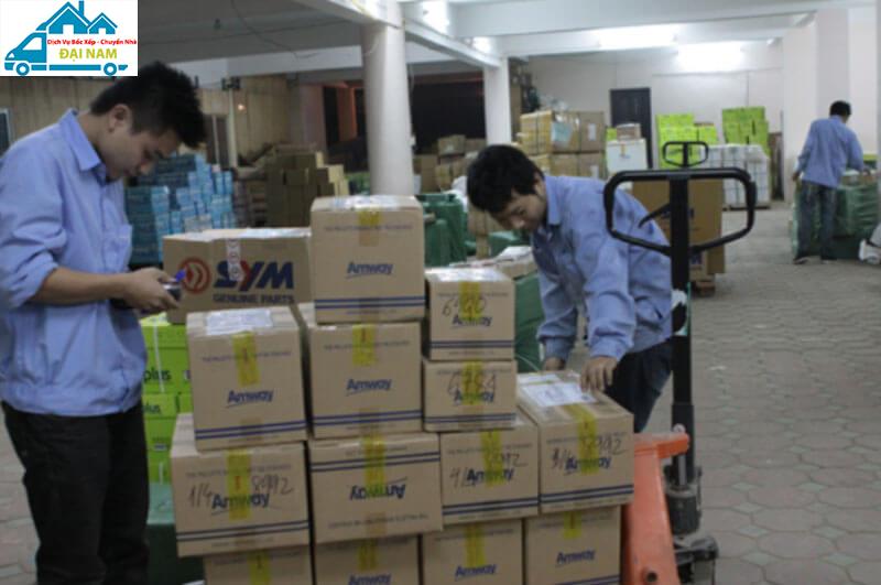 Bốc xếp hàng hóa quận Bình Tân nhanh chóng giá rẻ uy tín tại Tphcm