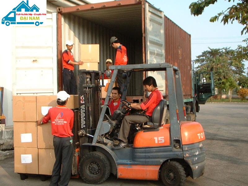 Bốc xếp hàng hóa quận Bình Thạnh nhanh chóng giá rẻ uy tín tại Tphcm